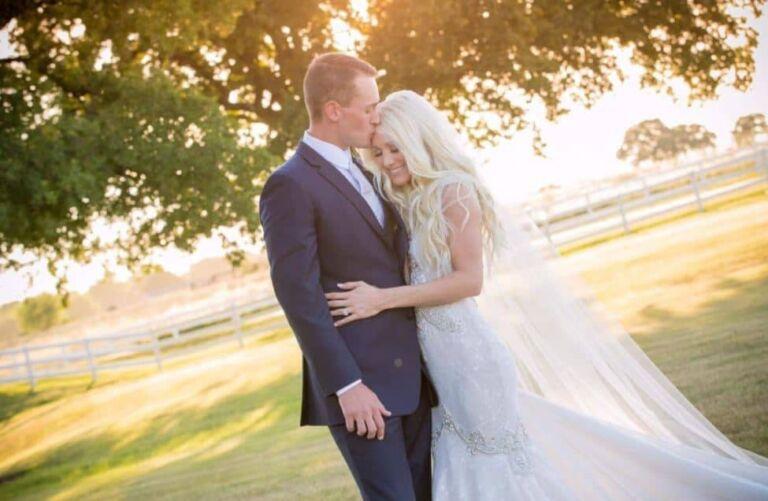 Erin Bradshaw Husband, Age, Horses, Net Worth