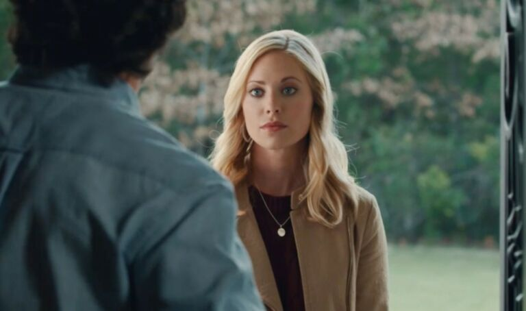 Where was Finding Love in Mountain View filmed? Hallmark Cast Details